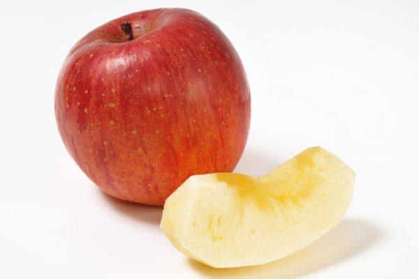 りんご剥き